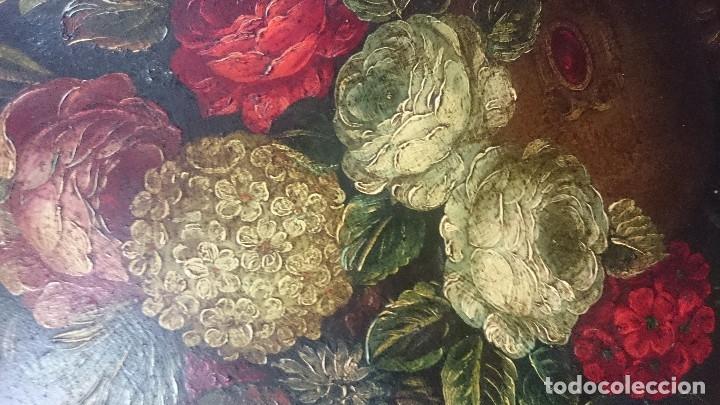 Arte: Antiguo óleo sobre lienzo reentelado, jarrón con flores, siglo XVIII. Marco dorado al oro fino. VER - Foto 5 - 132658850
