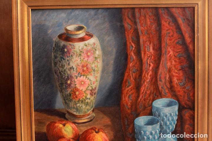 Arte: ESCUELA ESPAÑOLA S.XX, BODEGÓN CON JARRÓN. ENMARCADO. 54X64CM - Foto 8 - 134171158