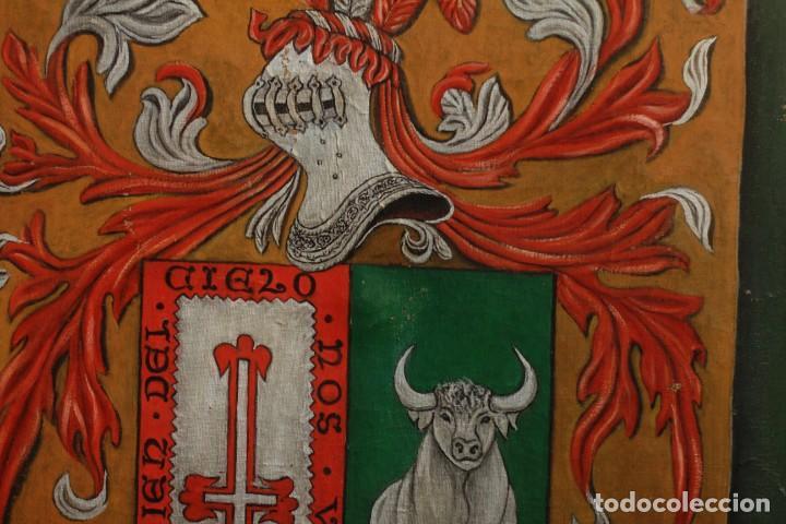 Arte: ESCUDO O BLASÓN DE ARMAS DE CASO, ASTURIAS, PINTADO SOBRE LIENZO. FIRMADA - Foto 3 - 134650562