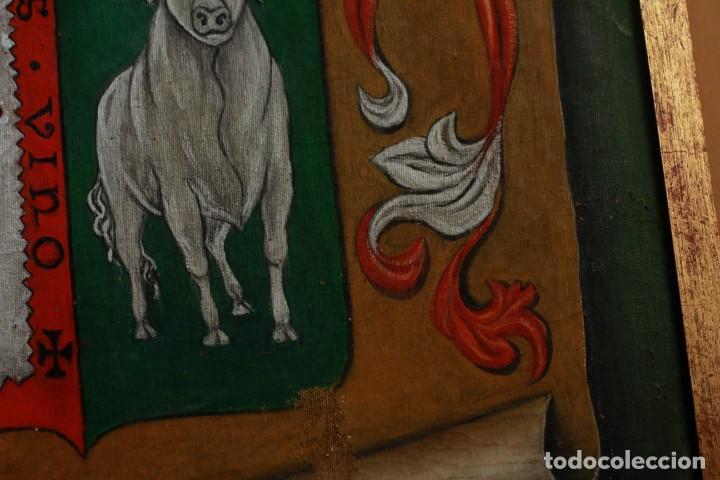 Arte: ESCUDO O BLASÓN DE ARMAS DE CASO, ASTURIAS, PINTADO SOBRE LIENZO. FIRMADA - Foto 4 - 134650562