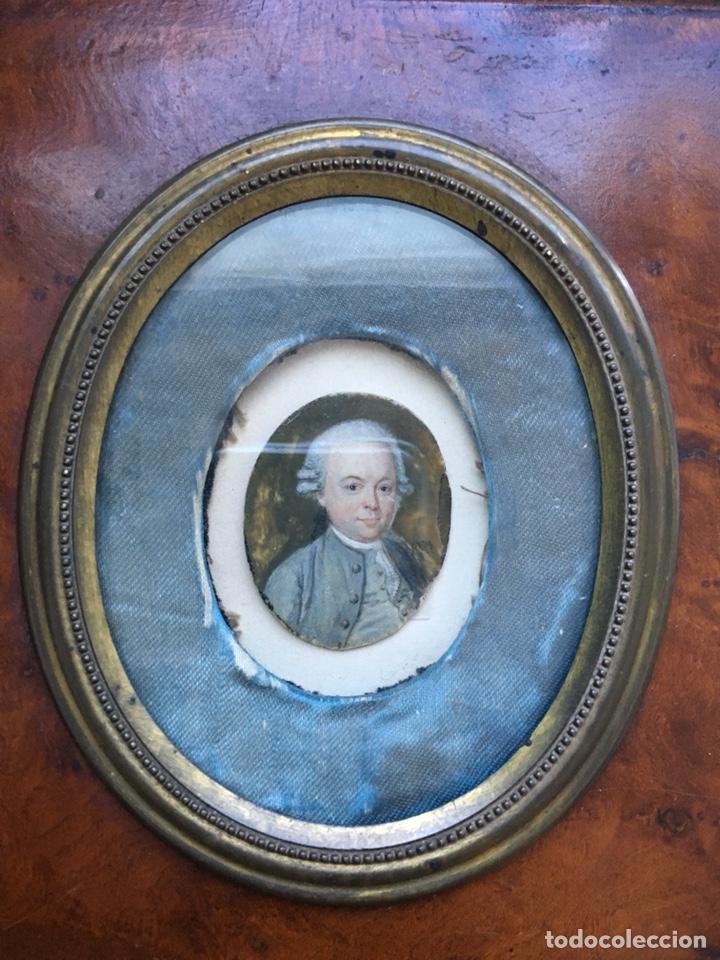Arte: Gran Miniatura pintada XVIII en marco nogal XIX - Foto 3 - 134806290