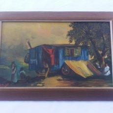 Arte: PAREJA CUADRO ANTIGUO DE PINTURA A MANO SOBRE TABLA FIRMADOS CON MARCO MADERA GITANOS VIAJEROS. Lote 137278185