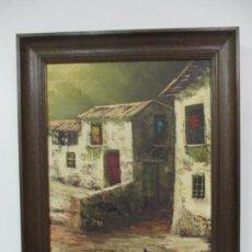 Arte: PINTURA AL ÓLEO SOBRE TELA - PAISAJE DE PUEBLO - FIRMA GUDAL - CON MARCO. Lote 139931138