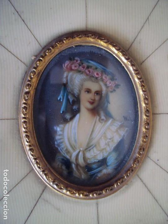 Arte: (ANT-181201)MINIATURA DE DAMA PINTADA SOBRE MARFIL MARCO ORIGINAL - FIRMADA - Foto 2 - 143403686
