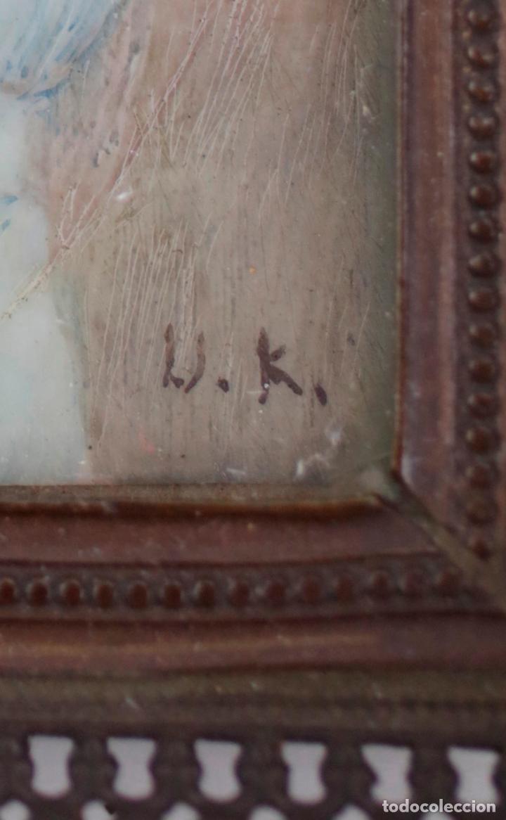 Arte: Miniatura en acuarela, damisela, escuela española siglo XIX, firmado U. K. 6,5x5,5cm - Foto 3 - 143596314