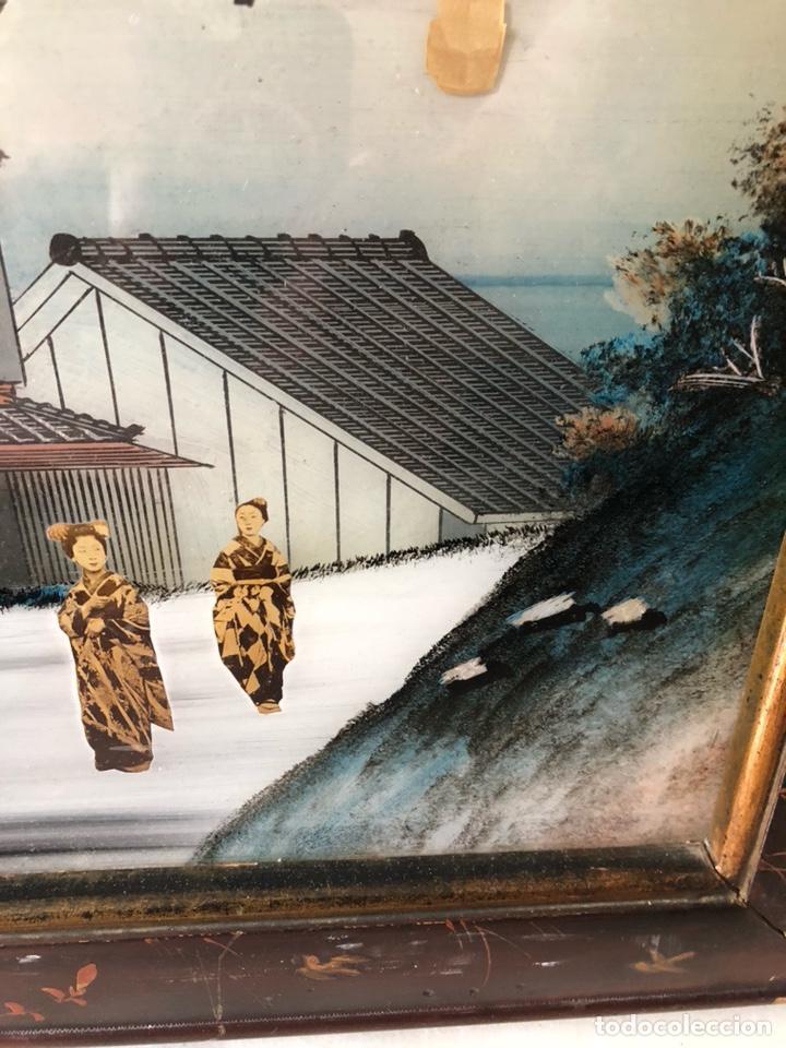 Arte: Precioso cuadro japonés antiguo pintado sobre cristal con incrustaciones - Foto 4 - 147588912