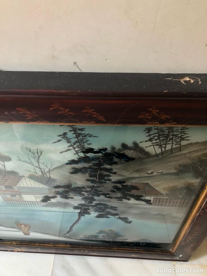 Arte: Precioso cuadro japonés antiguo pintado sobre cristal con incrustaciones - Foto 5 - 147589021
