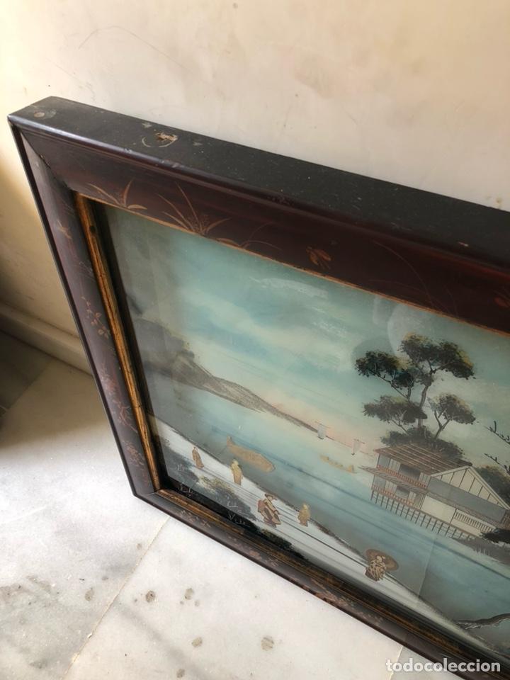Arte: Precioso cuadro japonés antiguo pintado sobre cristal con incrustaciones - Foto 6 - 147589021