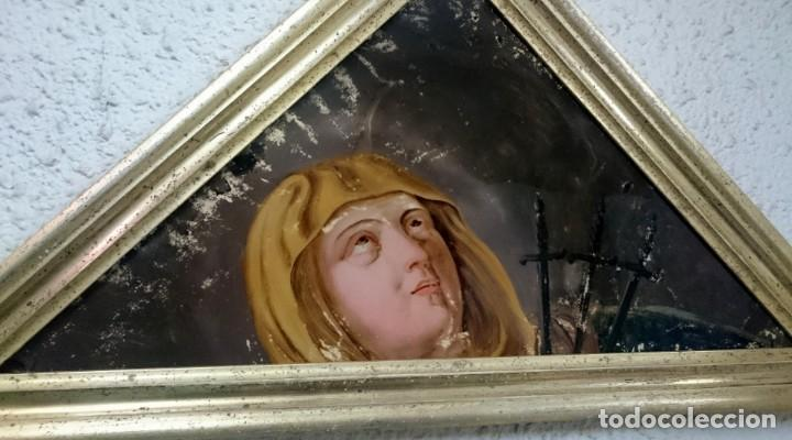 Arte: Antiguo óleo bajo/sobre cristal Virgen dolorosa con puñales. Marco oro fino. Siglo XVII. 68x34cm - Foto 3 - 149330754