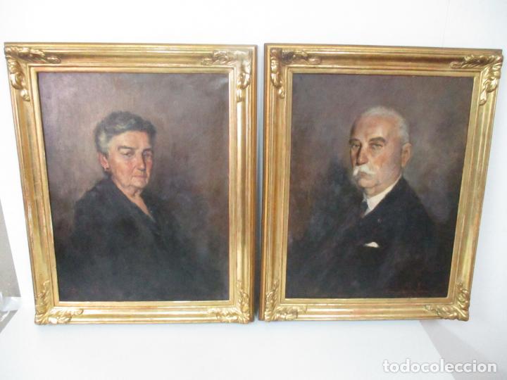 Arte: Óleo sobre Tela - Retrato - Marcos de Madera Dorados - Firma R. Gonzalez Carbonell (1910-1984) - Foto 2 - 155138350