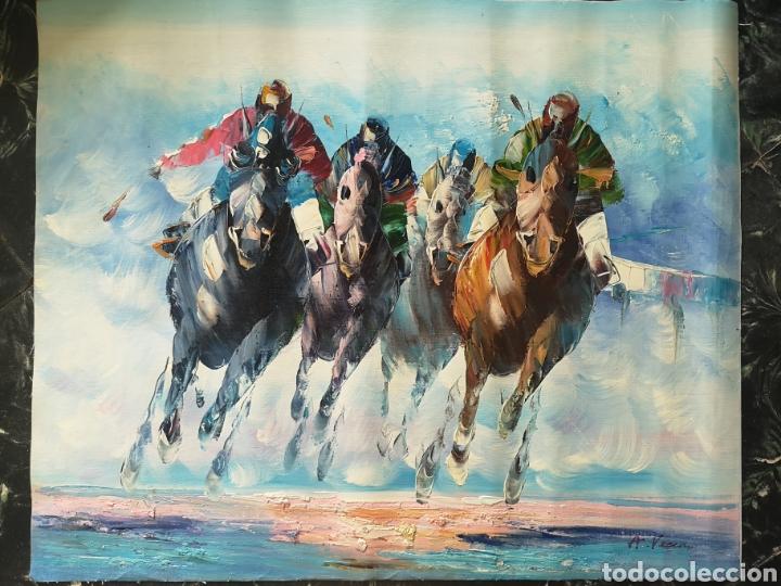 OLEO SOBRE LIENZO, CARRERA DE CABALLOS, GRAN CALIDAD, FIRMADO, ILEGIBLE. SIN BASTIDOR.52X64 (Arte - Pintura - Pintura al Óleo Contemporánea )