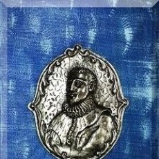 Arte: OLEO SOBRE LIENZO CON FIGURA REPUJADA DE CERVANTES, FIRMADO . Lote 169108088