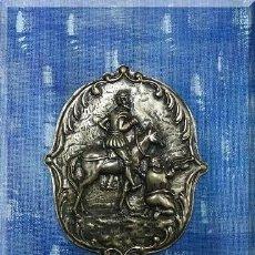 Arte: OLEO SOBRE LIENZO CON FIGURA REPUJADA DE DON QUIJOTE Y SANCHO, FIRMADO. Lote 169108488