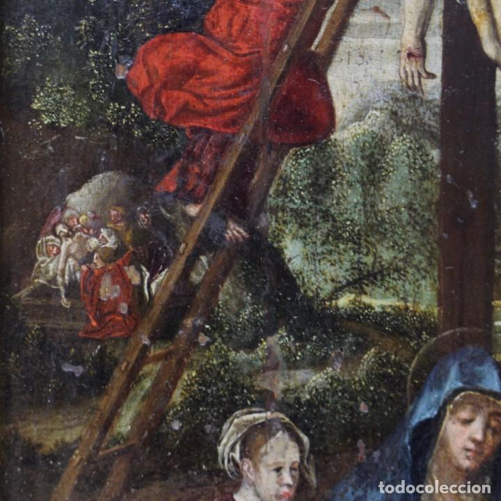 Arte: DESCENDIMIENTO DE LA CRUZ- ÓLEO SOBRE TABLA- ESCUELA FLAMENCA- S XVI - Foto 5 - 169886184