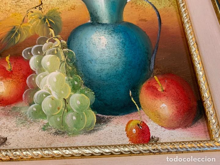 Arte: Precioso bodegon enmarcado, oleo sobre lienzo, desconocemos firma, En total mide 43x38cms - Foto 3 - 172236288