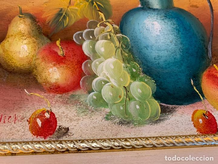 Arte: Precioso bodegon enmarcado, oleo sobre lienzo, desconocemos firma, En total mide 43x38cms - Foto 4 - 172236288