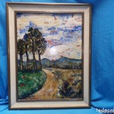 Arte: ANTIGUO CUADRO PINTADO AL OLEO, PAISAJE FIRMADO POR LLAVADOR, 55CM X 44 CM. Lote 172655360