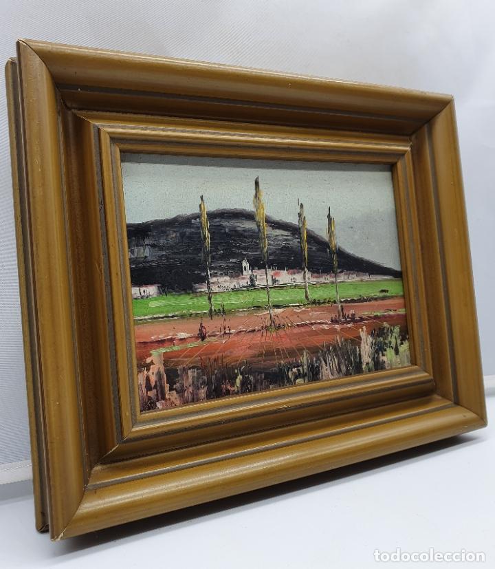 Arte: Cuadro antiguo de imagen paisajista en oleo sobre tablilla enmarcado en madera, firmado . - Foto 2 - 182756642