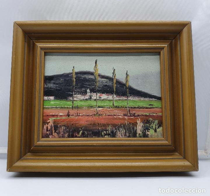 Arte: Cuadro antiguo de imagen paisajista en oleo sobre tablilla enmarcado en madera, firmado . - Foto 3 - 182756642