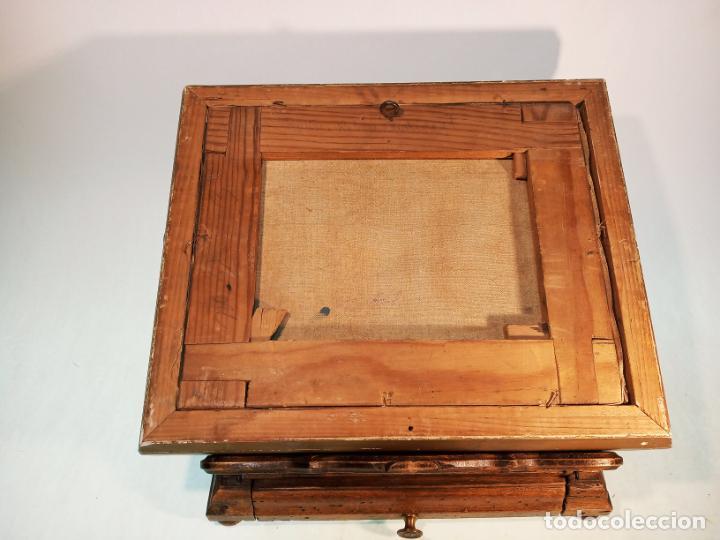 Arte: Oleo sobre lienzo enmarcado. Rastro. Ribera de curtidores. Madrid. Firmado. Siglo XIX. - Foto 7 - 183421322