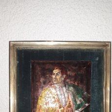 Arte: PINTURA ESMALTADA DE TORERO CON CAPOTE AL HOMBRO SIN FIRMAR POSIBLE AÑOS 50. Lote 186268380