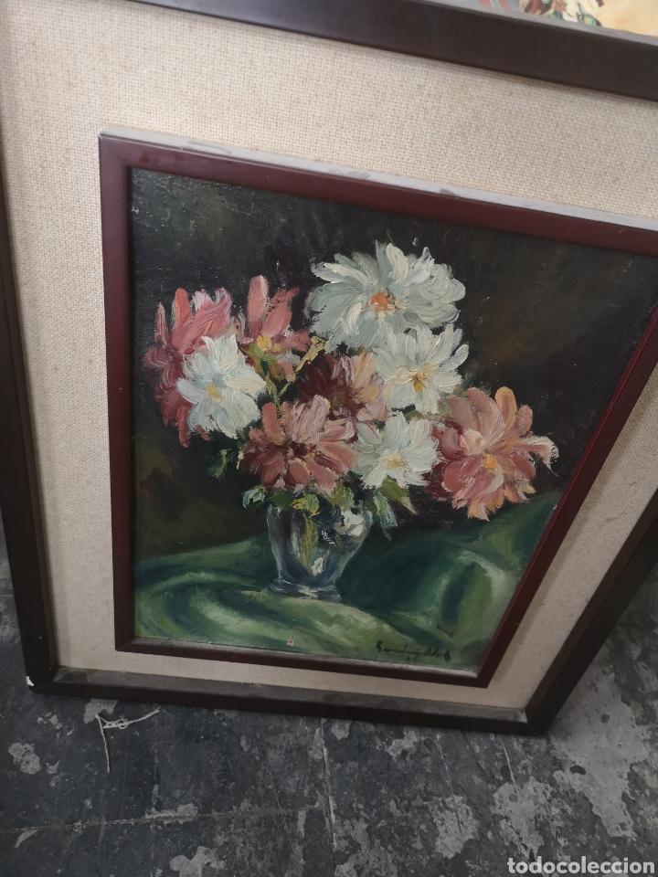 Arte: Óleo sobre tabla bodegón jarrón con flores firma ilegible enmarcado 43x51cm - Foto 4 - 188653720