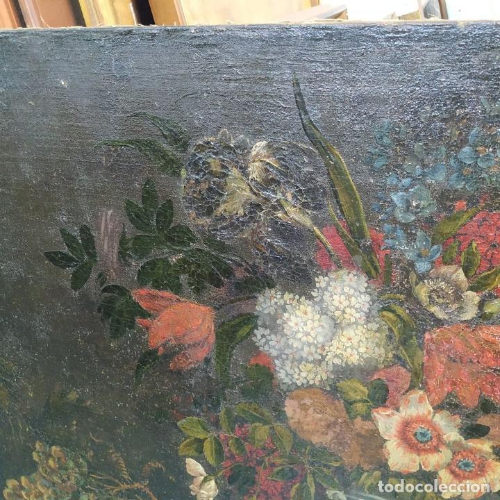 Arte: GRAN BODEGÓN CON FLORES Y PÁJAROS. ÓLEO SOBRE LIENZO. ESCUELA ROMANA. ITALIA. XVII - Foto 7 - 191465488