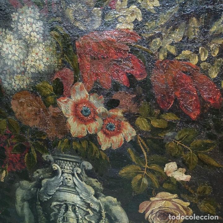 Arte: GRAN BODEGÓN CON FLORES Y PÁJAROS. ÓLEO SOBRE LIENZO. ESCUELA ROMANA. ITALIA. XVII - Foto 13 - 191465488