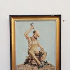 Arte: CUADRO PINTURA AL OLEO SOBRE TELA FIRMADA TEMA DE ZAPATERO ARREGLANDO ZAPATO A MARCO MADERA DORADA. Lote 192040150