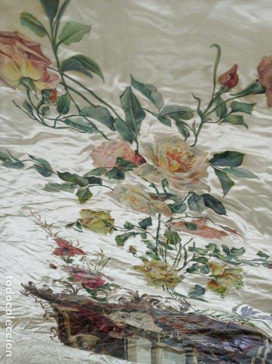 Arte: Espectacular obra pintada sobre colcha de seda con bellísimas borlas. Pieza única. Siglo XIX. - Foto 9 - 192068632