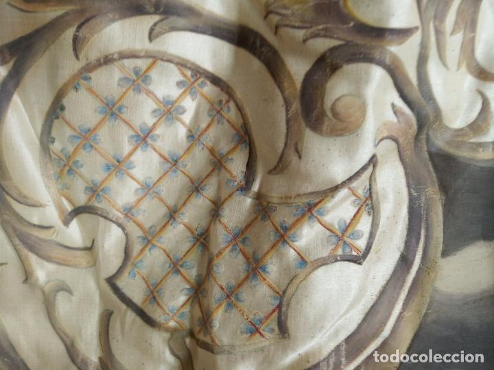 Arte: Espectacular obra pintada sobre colcha de seda con bellísimas borlas. Pieza única. Siglo XIX. - Foto 15 - 192068632