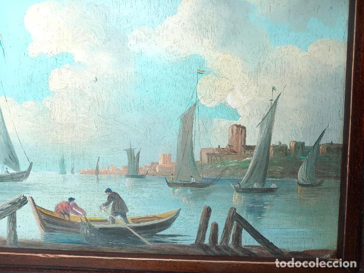 Arte: Bella tabla al oleo. Escena marítima de pescadores faenando. Veleros junto ciudad. Firmado. - Foto 3 - 194624325