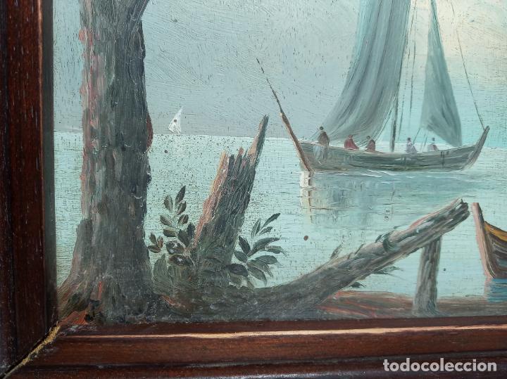 Arte: Bella tabla al oleo. Escena marítima de pescadores faenando. Veleros junto ciudad. Firmado. - Foto 4 - 194624325