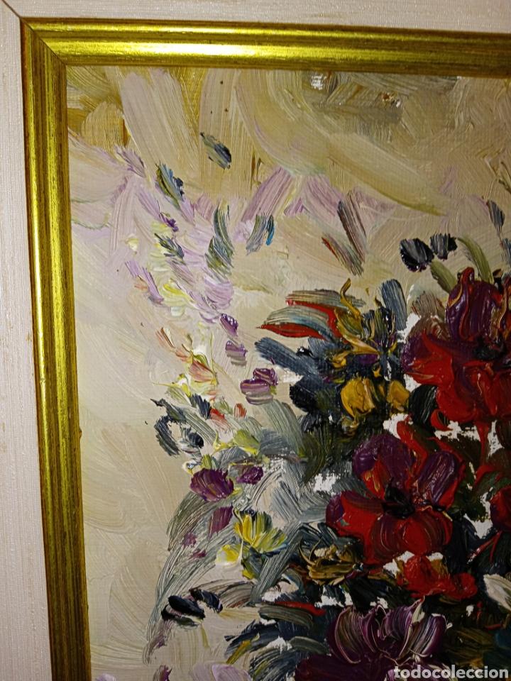 Arte: OLEO SOBRE LIENZO - BODEGON FLORAL - FIRMADO CHOLVE O CHOVAR - MARCO MADERA Y PAN DE ORO - Foto 5 - 195285060