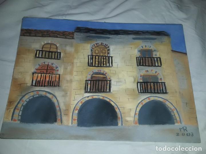 BELLA PINTURA PLAZA PORTICADA DE AINSA ORDESA A PASTEL AÑO 2003 (Arte - Pintura Directa del Autor)