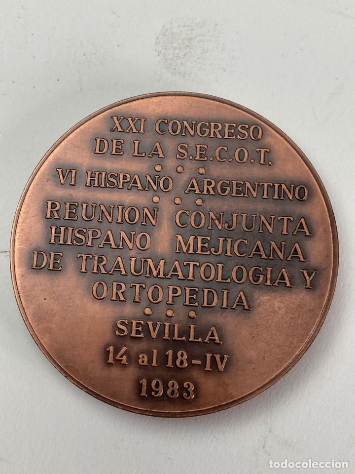 Arte: M-762. MEDALLA. XXI CONGRESO S.E.C.O.T.VI HISPANO ARGENTINO. 1983. - Foto 2 - 199129832