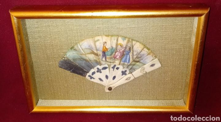 Arte: ABANICO DE MARFIL - PINTADO A MANO - SIGLO XIX - PIEZA DE COLECCION PRIVADA - ENMARCADO - Foto 6 - 199746120