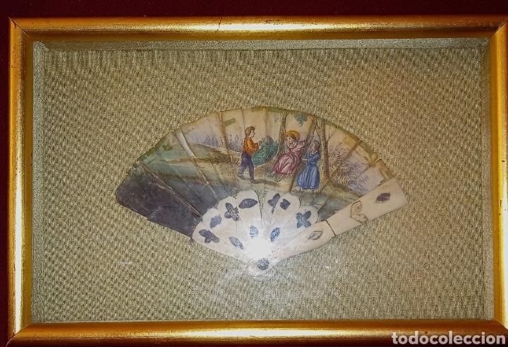 Arte: ABANICO DE MARFIL - PINTADO A MANO - SIGLO XIX - PIEZA DE COLECCION PRIVADA - ENMARCADO - Foto 9 - 199746120