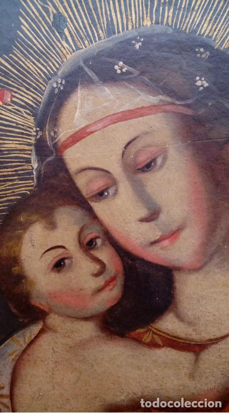 Arte: ÓLEO S/LIENZO PEGADO A TABLA -VIRGEN CON NIÑO-. DIM.- 93X68 CMS. ESC COLONIAL S. XVII - Foto 5 - 105627727