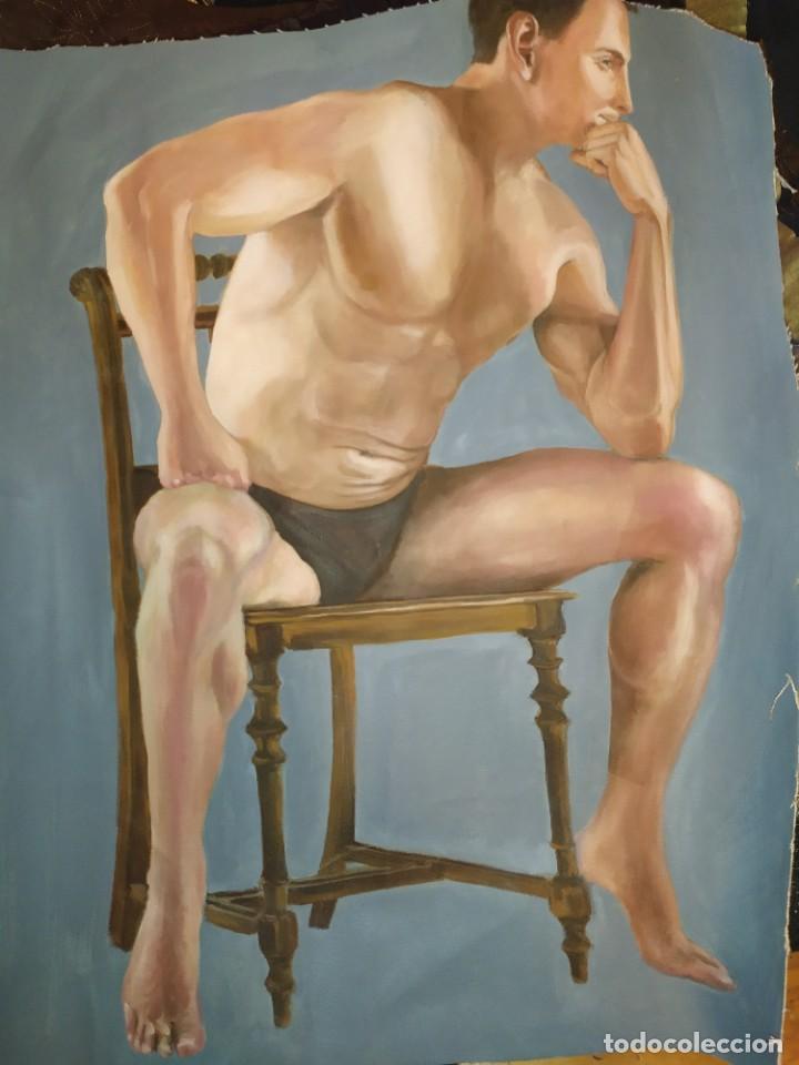 ÓLEO SOBRE LIENZO CHICO ESTUDIO ARTÍSTICA SEMI DESNUDO SILLA 52 X 63 SIN BASTIDOR RECORTADO (Arte - Pintura - Pintura al Óleo Moderna sin fecha definida)