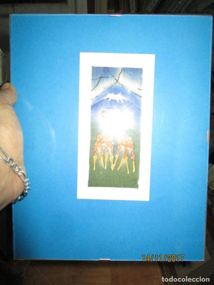 Arte: antigua pintura en tela jirafas firmado - Foto 12 - 210809406