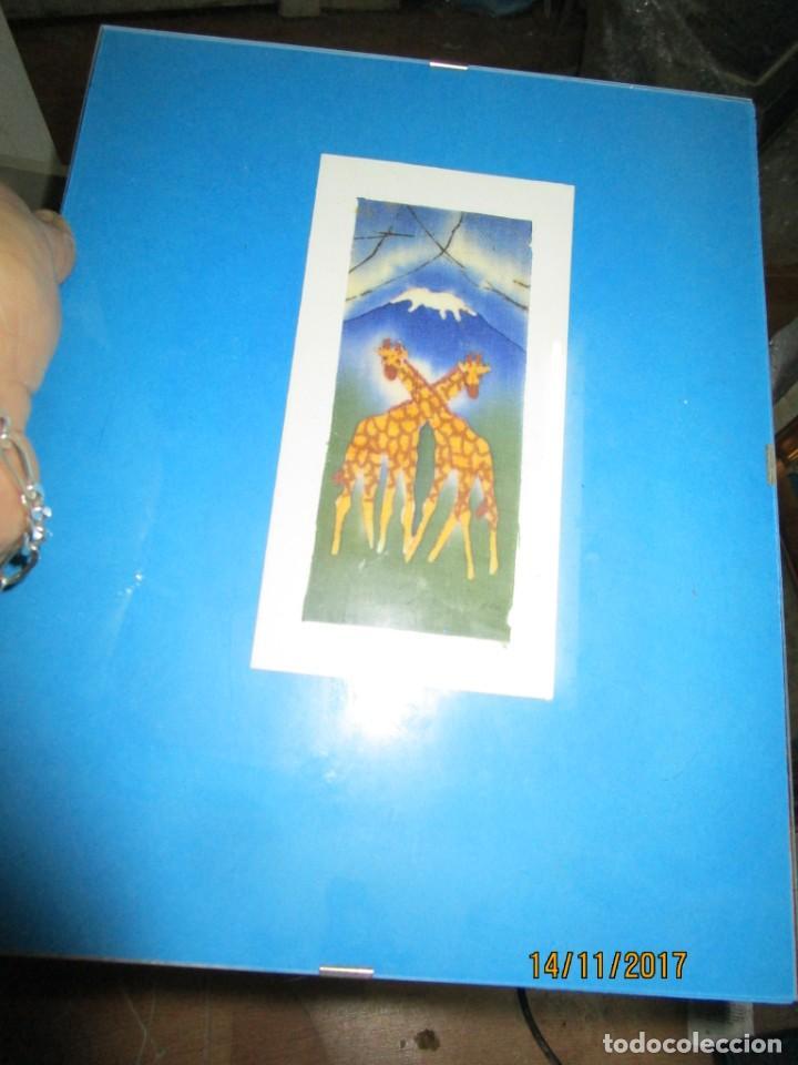 Arte: antigua pintura en tela jirafas firmado - Foto 13 - 210809406