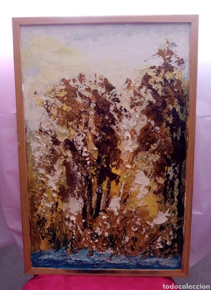 Arte: Envolvente paisaje, bosque abstracto. Con Colores y tonalidades Oro. Óleo sobre tabla + marco - Foto 3 - 213882382