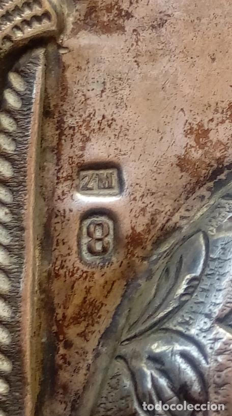 Arte: ÓLEO SOBRE TABLA, ENMARCADO EN PLATA LABRADA CONTRACTADA. ICONO RUSO XVIII. DIM.- 18.5X15 CMS. - Foto 11 - 214507918