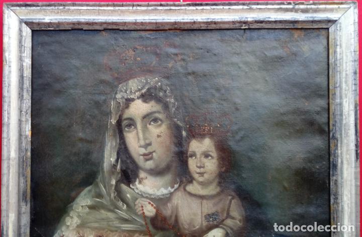 Arte: ÓLEO S/LIENZO -VIRGEN DEL ROSARIO CON NIÑO, CORONADOS-. MARCO PLATA CORLADA DE ÉPOCA. 79,5X62,5 CMS. - Foto 2 - 196957617
