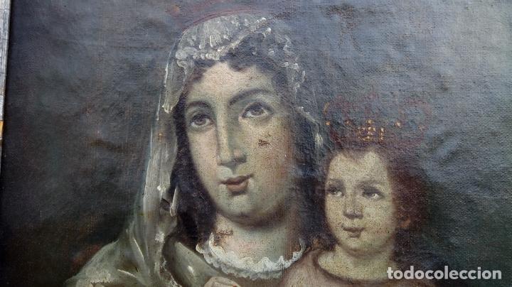 Arte: ÓLEO S/LIENZO -VIRGEN DEL ROSARIO CON NIÑO, CORONADOS-. MARCO PLATA CORLADA DE ÉPOCA. 79,5X62,5 CMS. - Foto 9 - 196957617