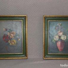 Arte: PAREJA DE CUADROS PINTADOS A MANO-OLEO CON MOTIVOS FLORALES-FIRMA ILEGIBLE-MARCO DE MADERA. Lote 214856181