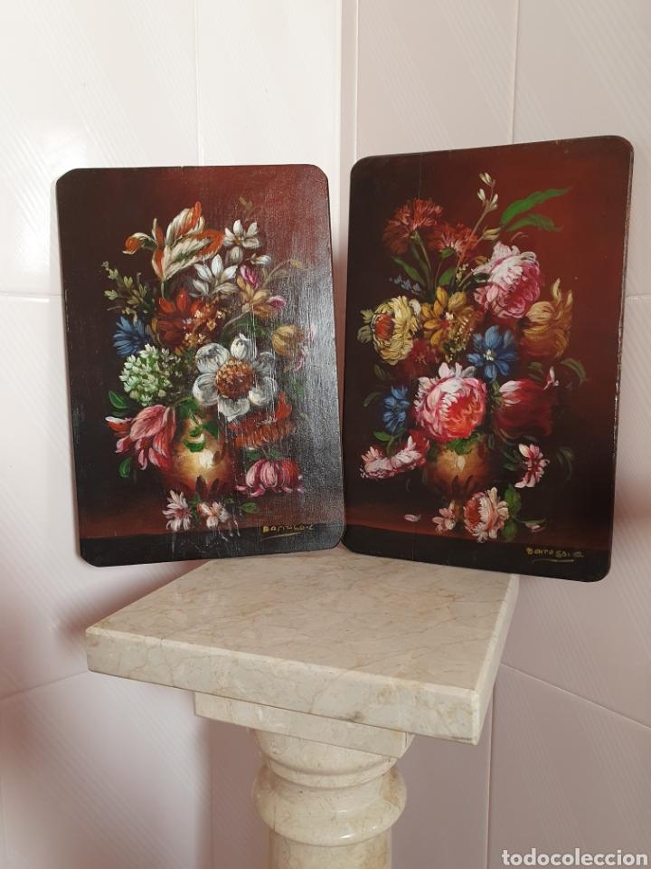 PRECIOSA PAREJA DE BODEGONES DE FLORES PINTADOS AL OLEO SOBRE TABLA (Arte - Pintura - Pintura al Óleo Antigua sin fecha definida)