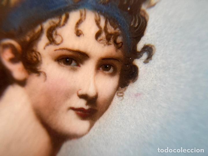 Arte: Preciosa miniatura sobre marfil firmada - Foto 3 - 215191242