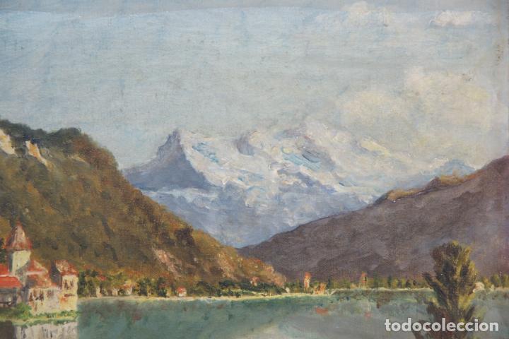 Arte: Oleo sobre lienzo paisaje bucólico de palacete o pueblo junto a lago y entre montañas. Firmado. - Foto 3 - 215248922